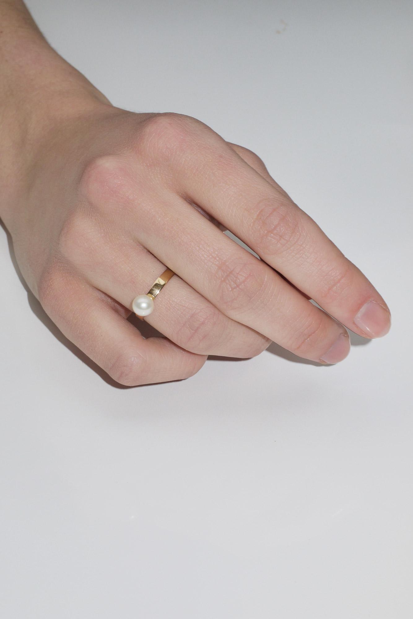 Pearl Pop Ring No2 · Saskia Diez