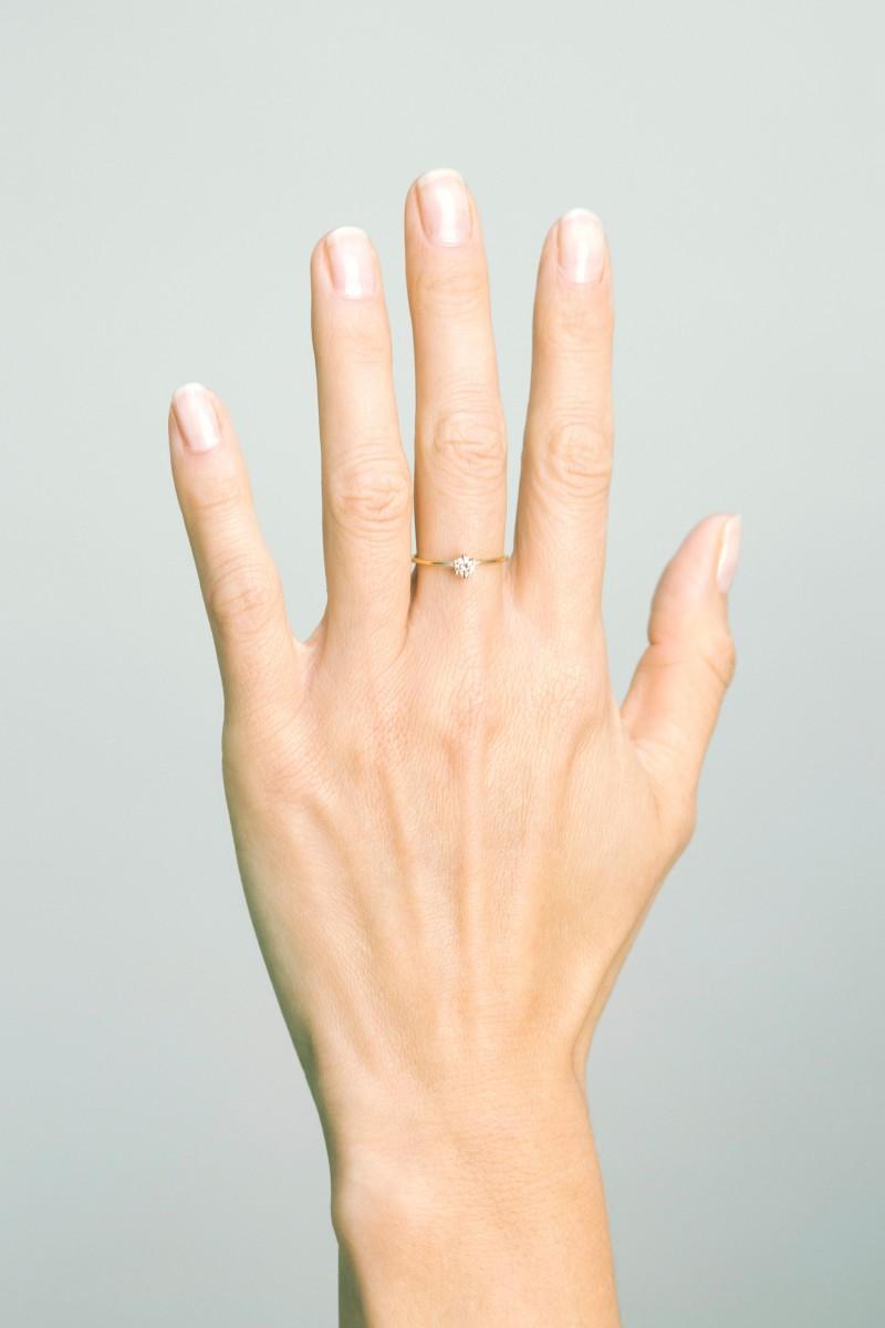 White Nails With Diamonds